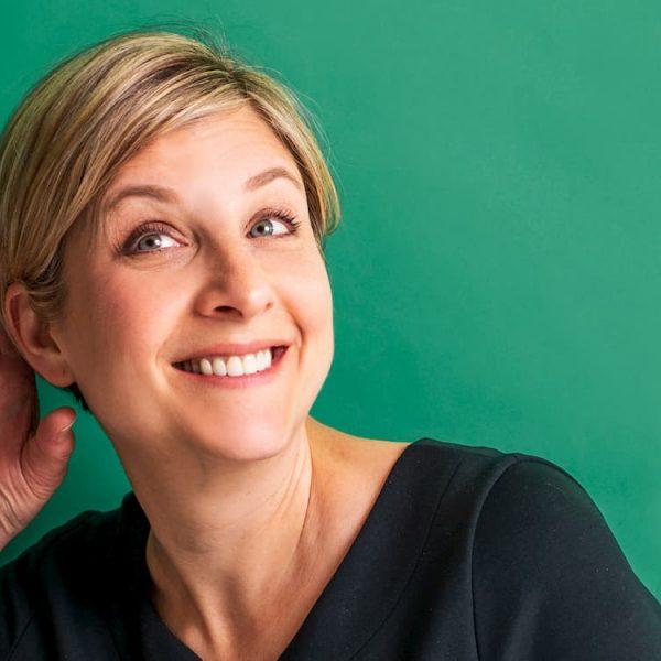 Kim Moore headshot